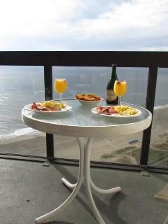 Romantic Breakfast from the balcony (Thank you AA for the pic)