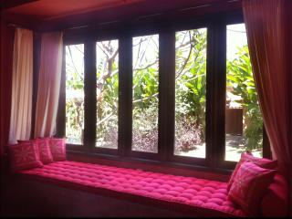 Quiet House Walking Distance from Ubud Attractions