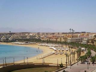 Beachside luxury at El Andalous, Sahl Hasheesh