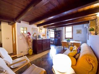 Best located in Old Town closewalk to sea Alghero