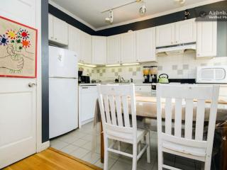 East Village- Charming AppleTV/iPad Apt, Nova York