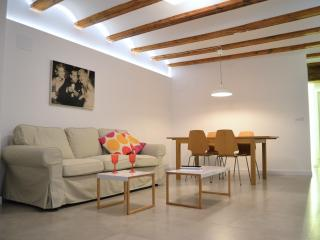 Cozy Apartment. Barrio del Carmen. Fully Renovated