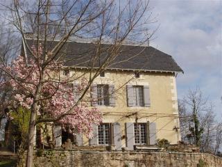 SARLAT-5mn Cité Médiévale-Maison-Calme-100m2-Wifi-