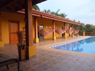 pool & view to entrance of the guest rooms