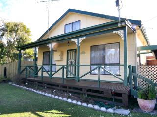 GRANDVIEW COTTAGE, Inverloch