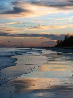 Just a short walk from Silver Cove Beach is William's Town Beach. Sunsets are lovely there as well!