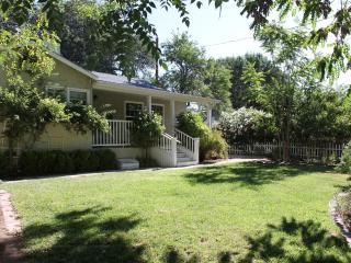 Peaceful in Paso - Close to Downtown and Wineries, Paso Robles
