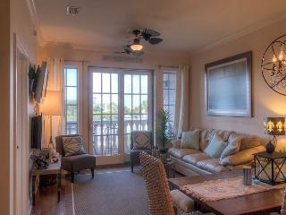 Coastal Comfort - Beautifully & Newly Remodeled Seacrest Condo!, Seacrest Beach