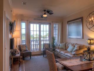 Coastal Comfort - Beautifully & Newly Remodeled Seacrest Condo!, Seacrest Beach