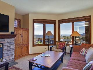 Eagle Run 103 - Ski in Ski out Mammoth Townhome, Mammoth Lakes