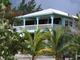 Beachfront Suites, Placencia