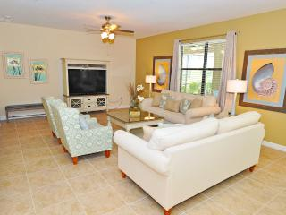 Beautiful 4BR 4.5Bth Champions Gate Home with Private Pool and Gameroom