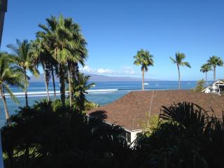 Lahaina Shores Getaway remodeled OCEAN VIEW 434