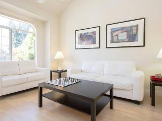 Executive 3 BDR House; Large/Comfortable, San Jose