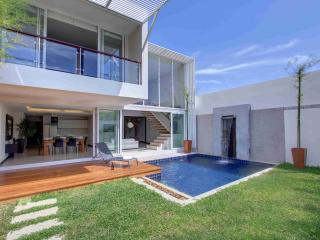 RAWAI PHUKET superbe maison  contemporaine