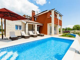 Villa delle Rondini, Marcana