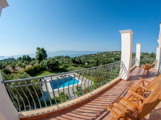Kefalonia Holiday Villa with Private Pool, Spartia