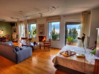 Design Loft with Splendid View, Atenas