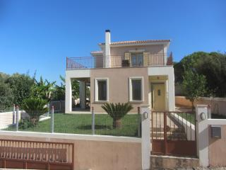 A three bedroom family villa Michael's Villa, Lakithra