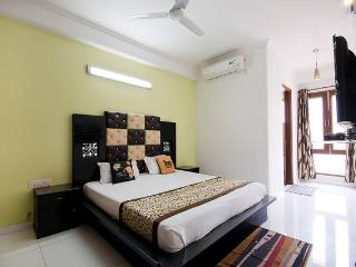 1 Bed Serviced Apartment in Green Park, Nueva Delhi
