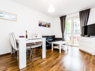72 Nice apartment for 4 in Cologne Höhenberg, Köln