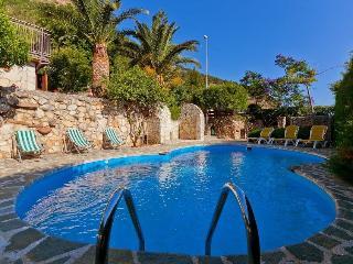 Casa Bouganvillea con piscina