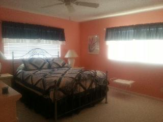 55 Plus Guarded & Gated Private & Beautiful, Fort Pierce