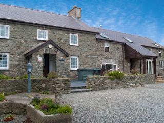 Penrhyn Farm Cottages (Y Stabal) - beach location