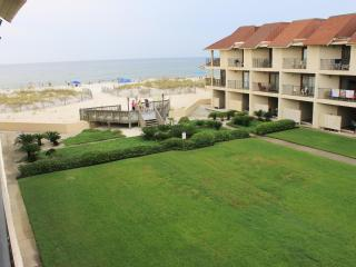 Townhouse on the beach ~ Gulfside Townhome #32 (2bed), Gulf Shores