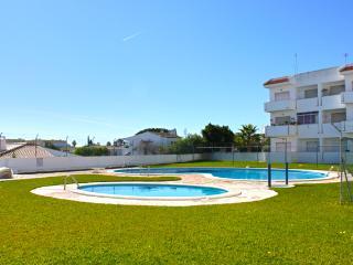 Carol White Apartment, Albufeira, Algarve