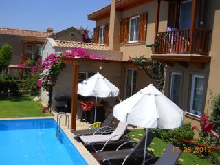 VILLA LAGUN with sea view .Private swimming pool, 3 ensuite bedrooms,7 sleeps,air conditioning