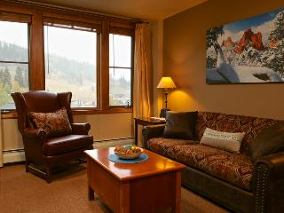 Zephyr Mountain Lodge 2315, Winter Park