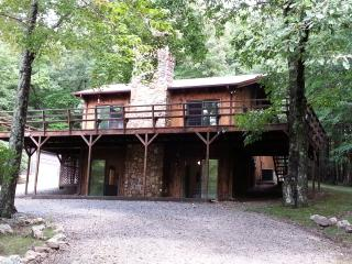5 Acres of Serenity on Blue Ridge Parkway, Sparta