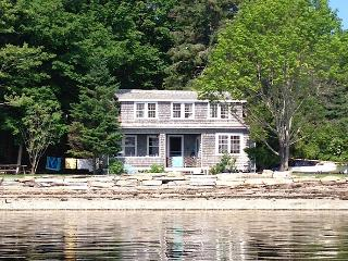 Seaside Cottage on Penobscot Bay, Searsport