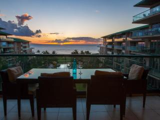 Maui Westside Properties: Hokulani 629 - Great Ocean View 3 bedroom Courtyard!, Ka'anapali