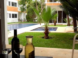 Chic Condo Tulum- Pool - A/C New!!