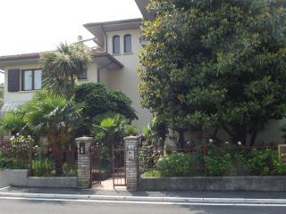 bilocale con giardino o balcone