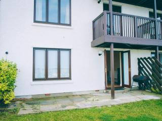 Ground floor 3 bedroom Marina Flat in Aberystwyth with private garden.