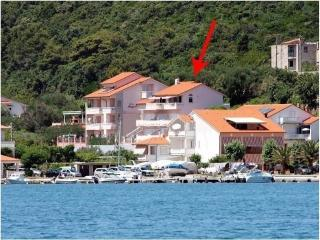 Villa Doris*** - Apartment Blue Lagoon