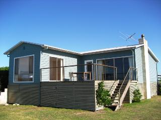 MAYs Beach House, Port Fairy