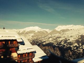 A snowy sunny morning