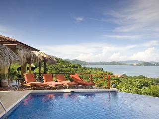 Family Home Rental Ocean View & Private Pool FL20, Playa Flamingo