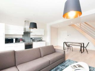 Smartflats Opera 3.3 - 2Bed Duplex - City Center, Liege
