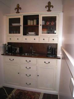 Chiltern Cottage and Indigo Suite Kitchenette
