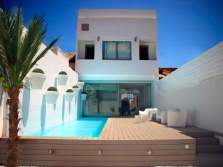 Villa, Swimming pool and beach in Valencia City!!!