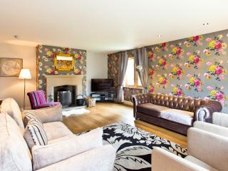 Roslyn House - Beautifully presented and a short walk to Bakewell