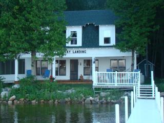 Douglas Lake Lakefront 100 Year Old Cottage:, Levering