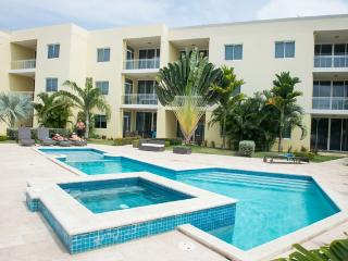 Sunset Beach Two-bedroom condo - SR02, Palm/Eagle Beach