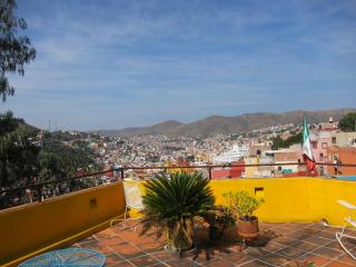 Casa Del Pozo Lovely Room 8 Mins Fr/ Teatro Juarez, Guanajuato
