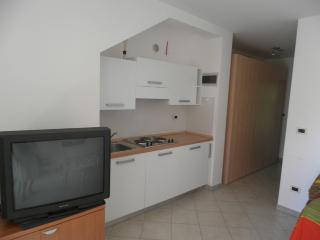 Promenada(946-2147), Lovrecica